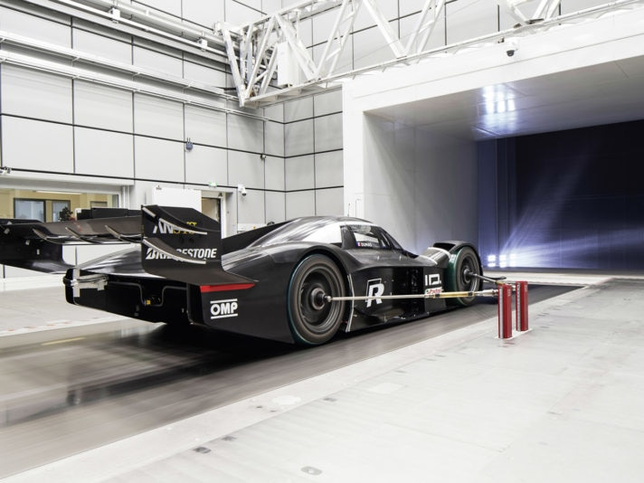 Volkswagen ID. R uses Formula 1 technology for optimal aerodynam