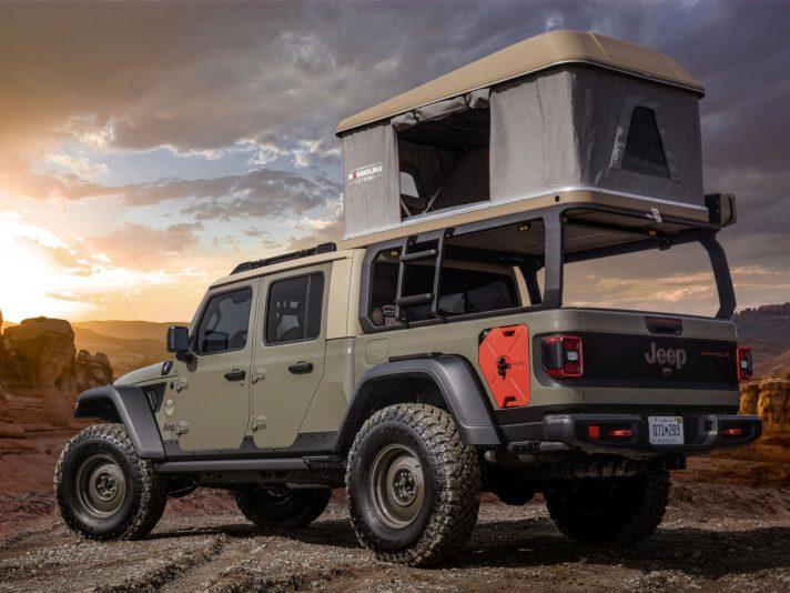 Jeep Wayout tre quarti posteriore