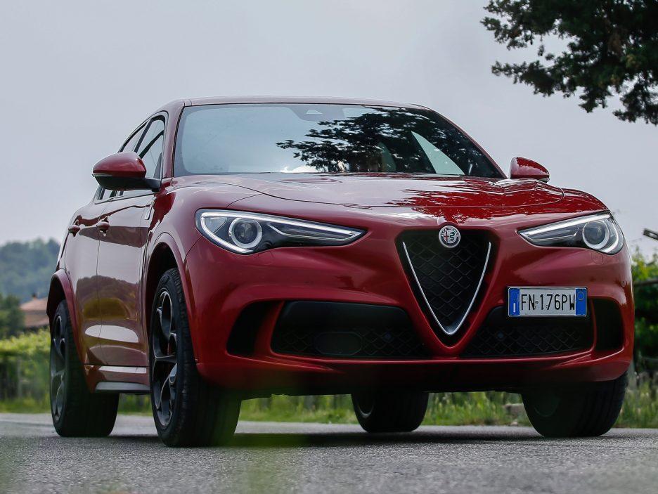 Alfa Romeo Stelvio e Giulia Quadrigloglio strade stellate 4