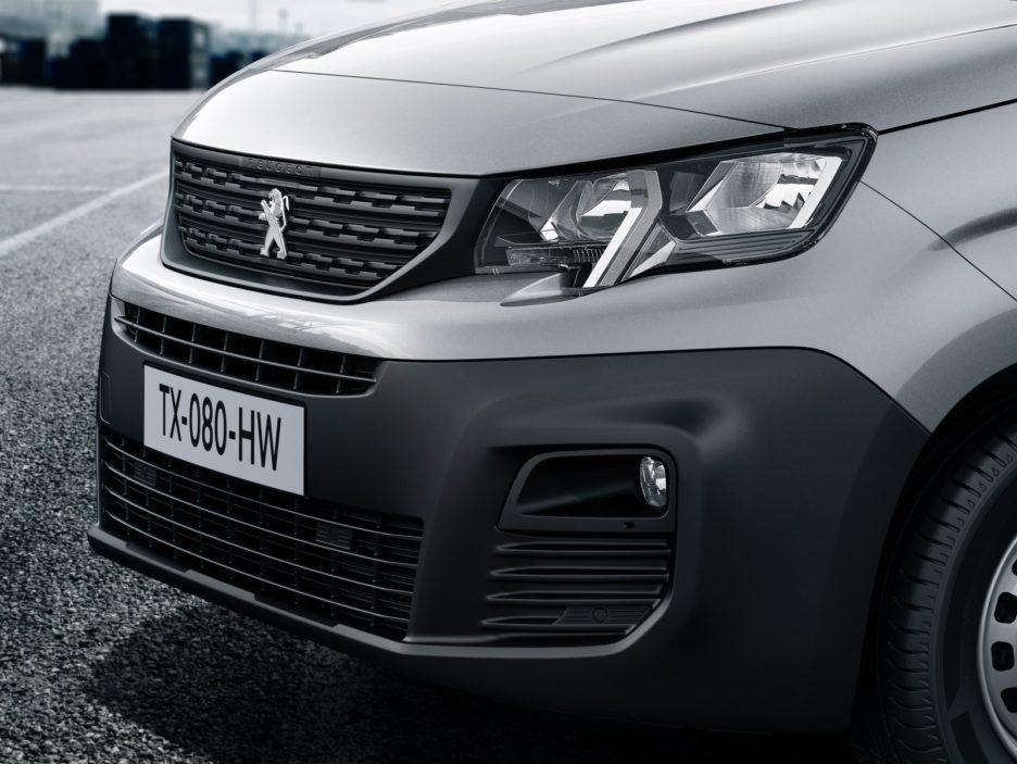 Peugeot Partner mascherina