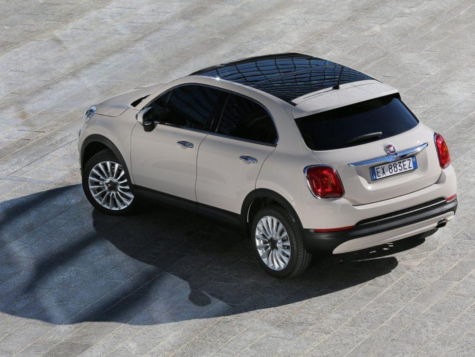 Fiat 500X tre quarti posteriore