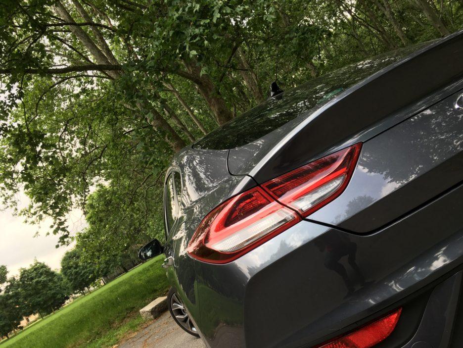 Hyundai i30 Fastback faro posteriore