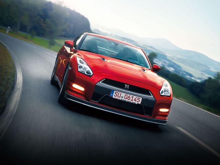 Nissan GTR 2014 - Frontale