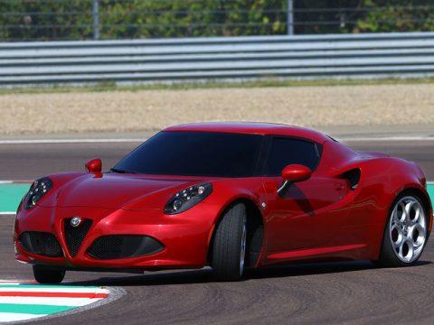 Alfa Romeo 4C - Su pista - Derapata