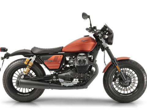 03 Moto Guzzi V9 Bobber Sport
