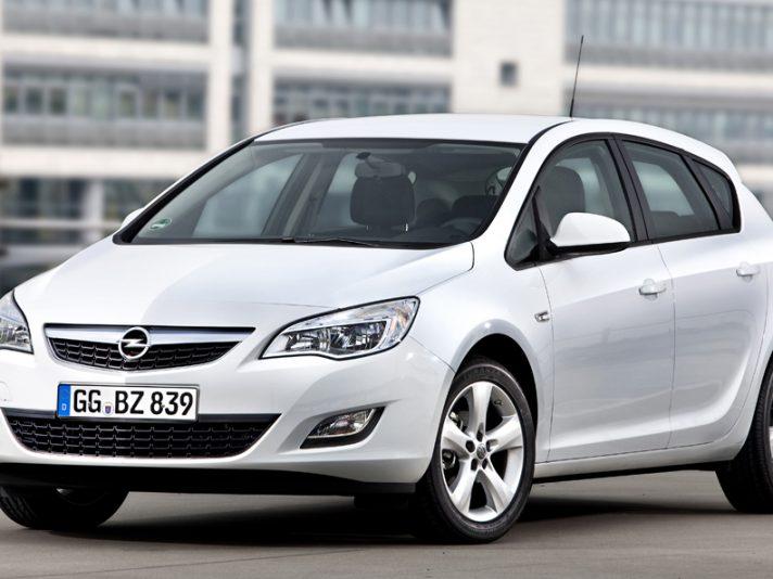 1 - Opel Astra J