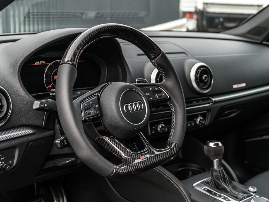 07_abt_audi_rs3_sedan_steering_wheel