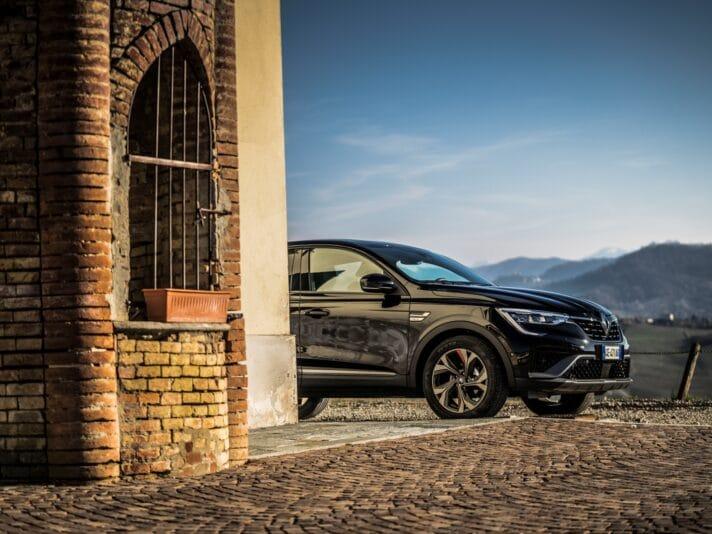 Renault Arkana dettaglio anteriore