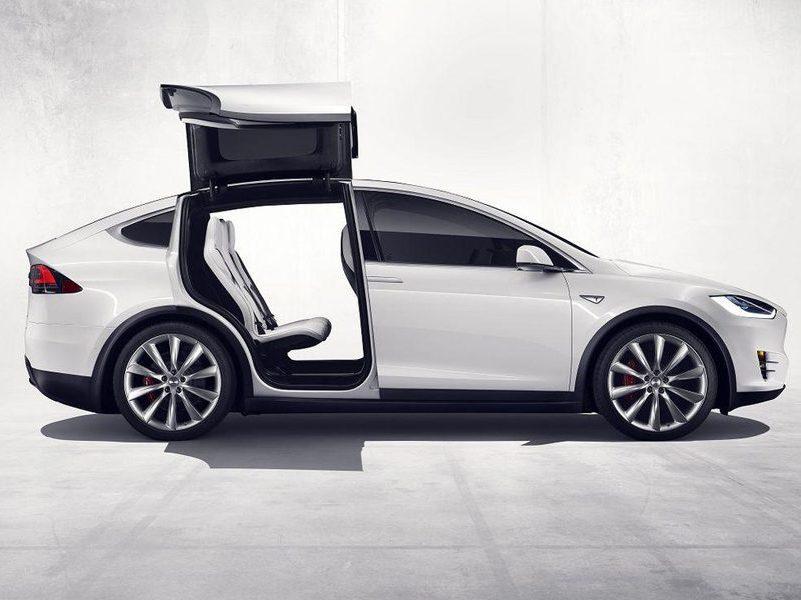 tesla-model-x-2016-3-936x600