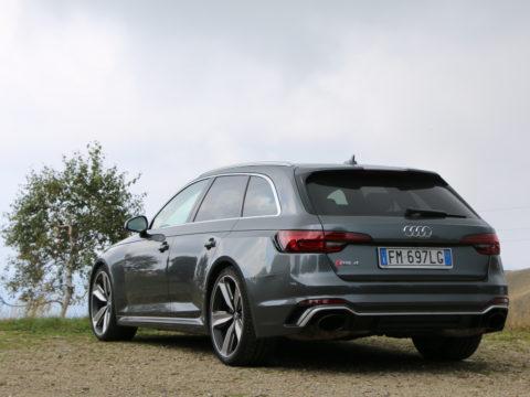 Audi RS4 Avant 12
