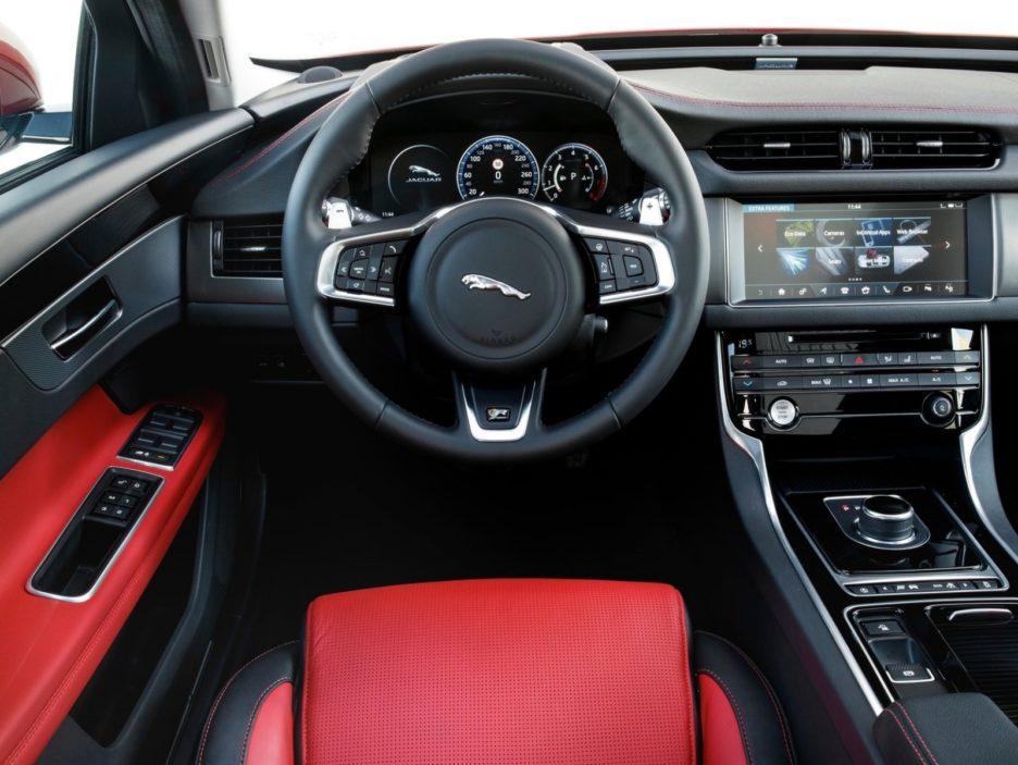 Jaguar XF Sportbrake interni