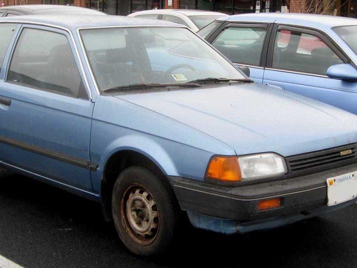 Mazda 323 BF tre porte