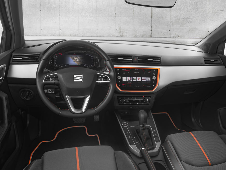 SEAT-introduces-its-Digital-Cockpit-to-the-Arona-and-Ibiza_004_HQ