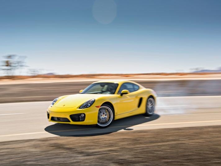 Porsche Cayman sovrasterzo